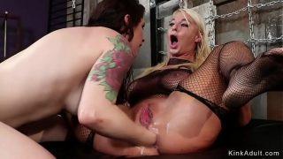 Blonde Milf anal fucks lesbian doggy hardcore fuck